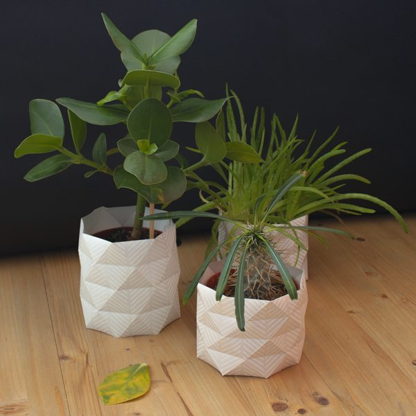 4murs cr er des cache pots en origami. Black Bedroom Furniture Sets. Home Design Ideas